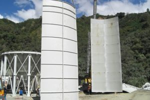 16 Surenkami Silosai cementui birioms medziagoms Bolted Cement silos Болтовые Силосa для цемента