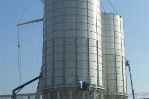 17 Surenkamai silosai cementui varžtinis sujungimas