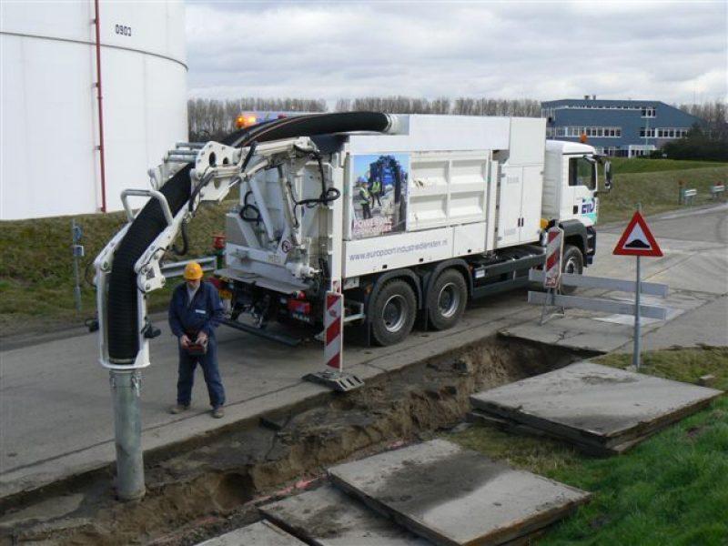7 Vakuuminiai ekskavatoriai Vacuum excavators Вакуумные экскаваторы